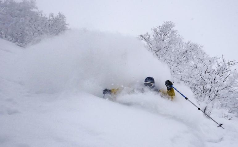 Ski au Japon sur l'île d'Hokkaidō