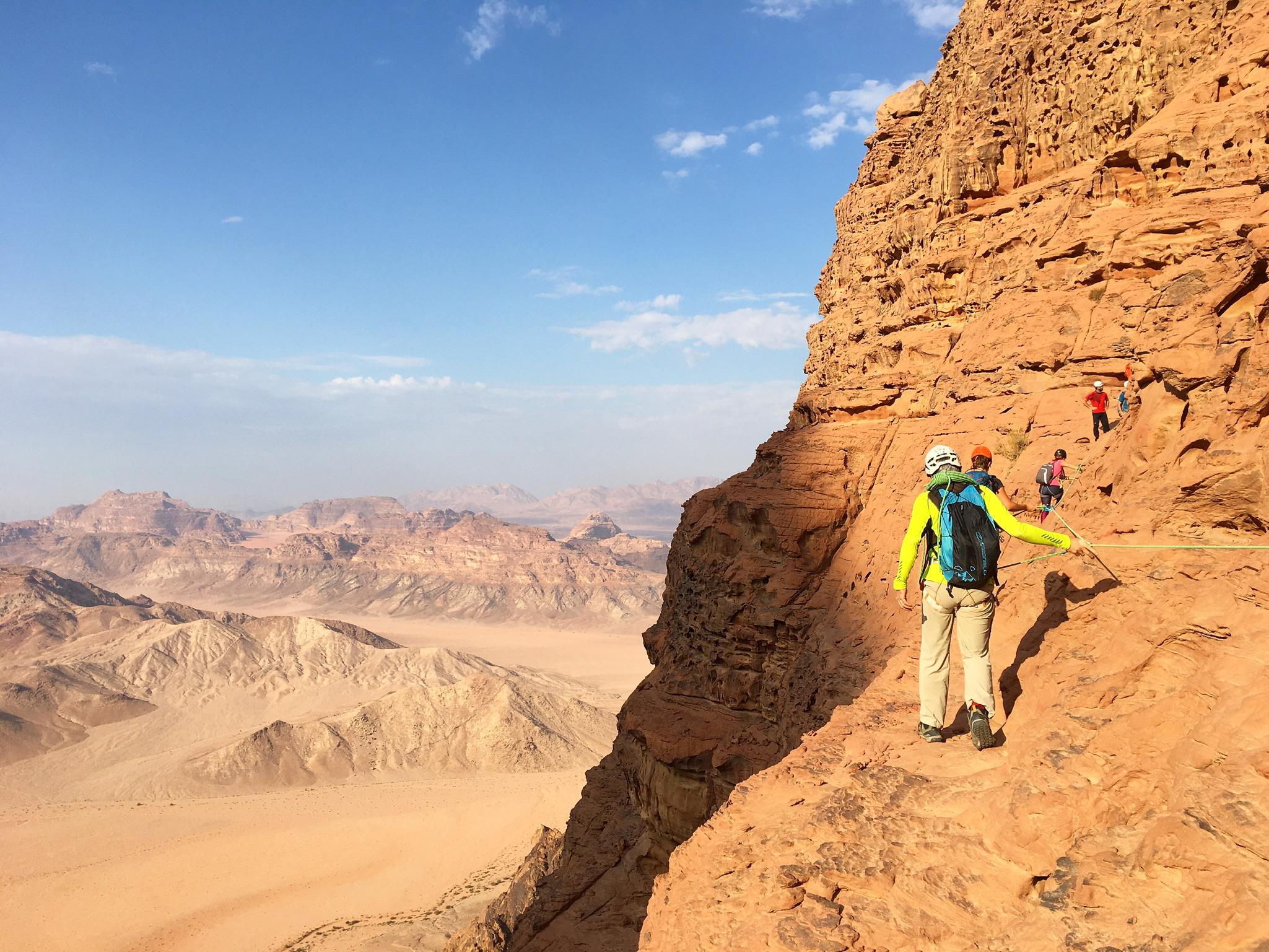 Randonnées bédouines dans le désert du Wadi Rum en Jordanie