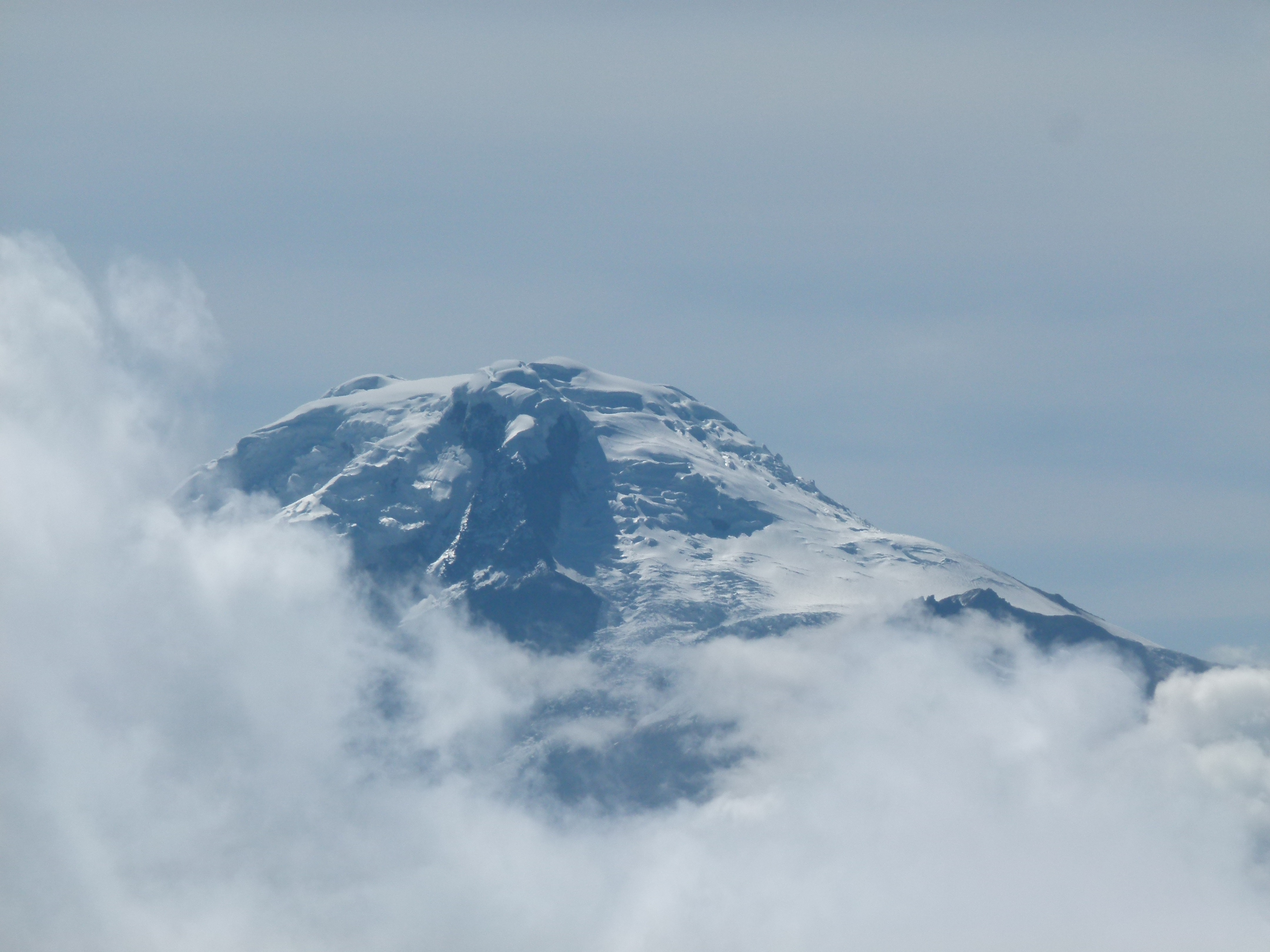 Le Cayambe 5790 mètres